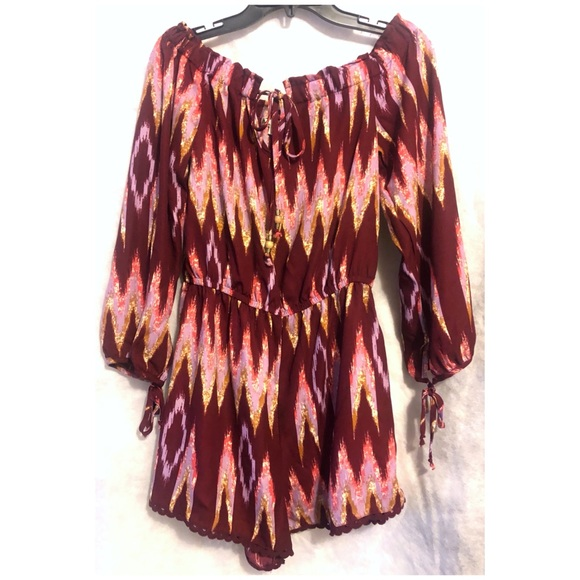About A Girl Dresses & Skirts - About a Girl Long Sleeve Abstract Romper NWT